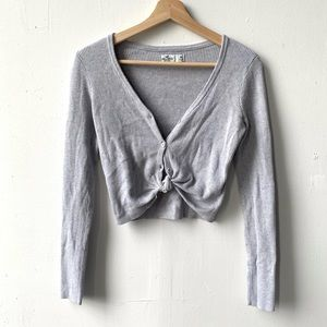 Hollister grey ribbed cropped button front top